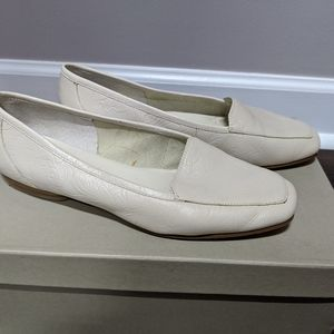White Leather flats s 6M